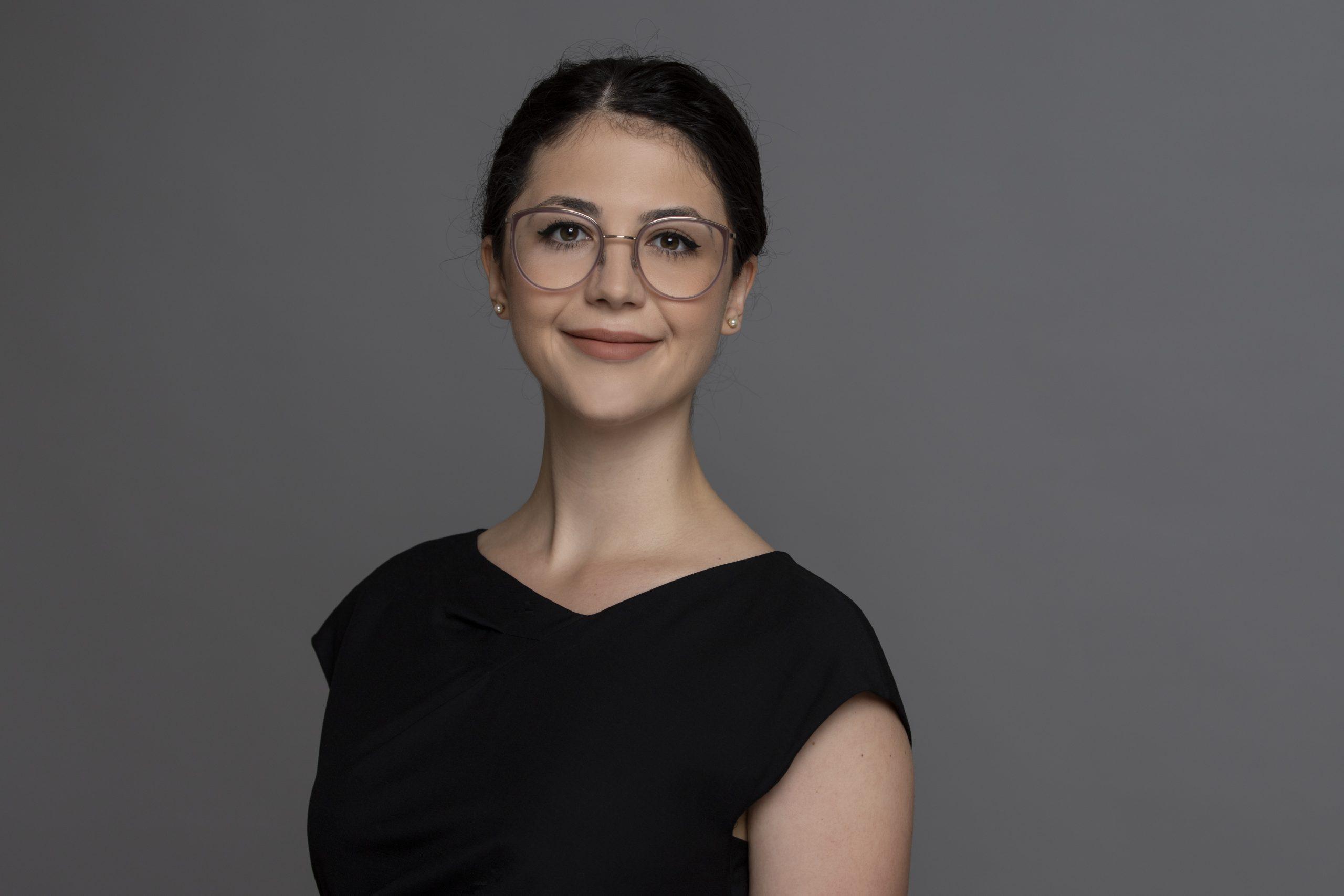 Ivana Petrovic - die durchsetzungsstarke Anwältin